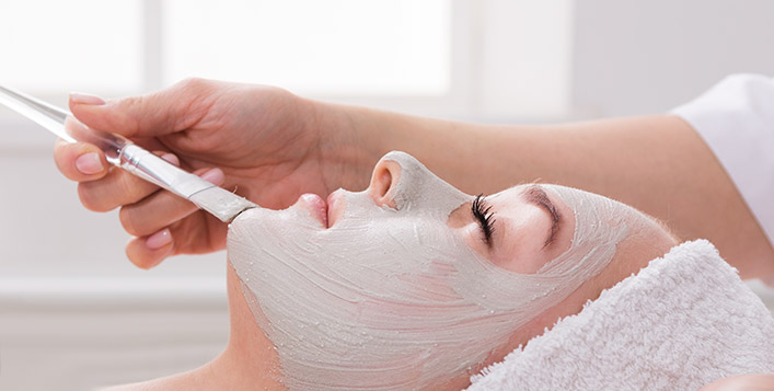 Deep Cleansing And Blackheads Removal