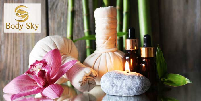 Thai, Aromatherapy or Four hand relaxation