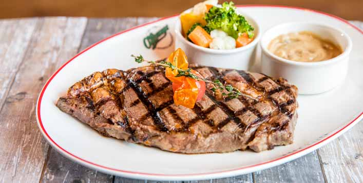 Up to AED 500 worth of F&B vouchers