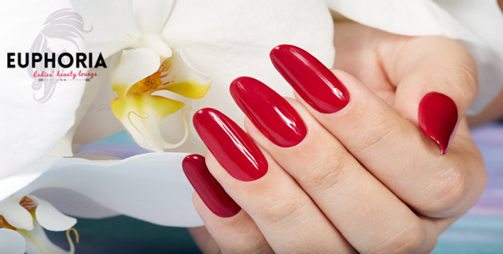 Classic, gelish and foot spa options
