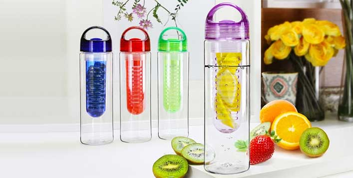 700ML Fruit-Infuser Water Bottle