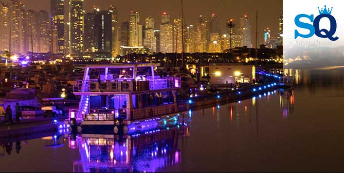 2-Hour Glass Boat Cruise With Dinner Buffet