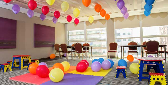 Up to 30 children at Centro Manhal by Rotana