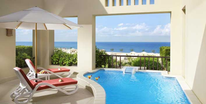 1, 3 or 3 bedroom villa stay + breakfast
