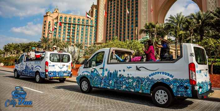 Old and new Dubai tours for up to 4 people!