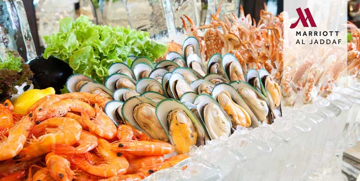 Thursday Seafood Buffet with Unlimited Drinks