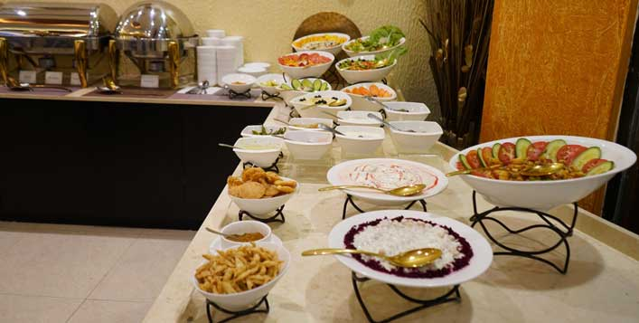 Dinner Buffet At Desi Bite Restaurant